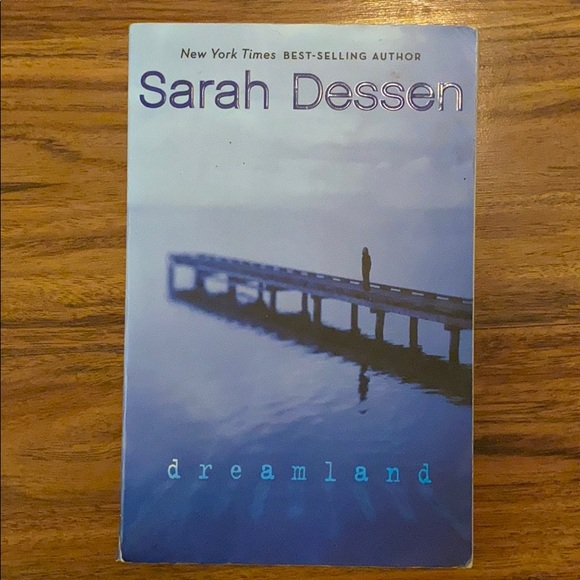 💰 3/$25 | Book | Dreamland | Young Adult